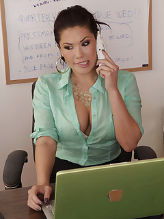 Sexy office women porn